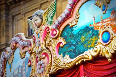 Listen to podcast about italian culture and carnival tradition