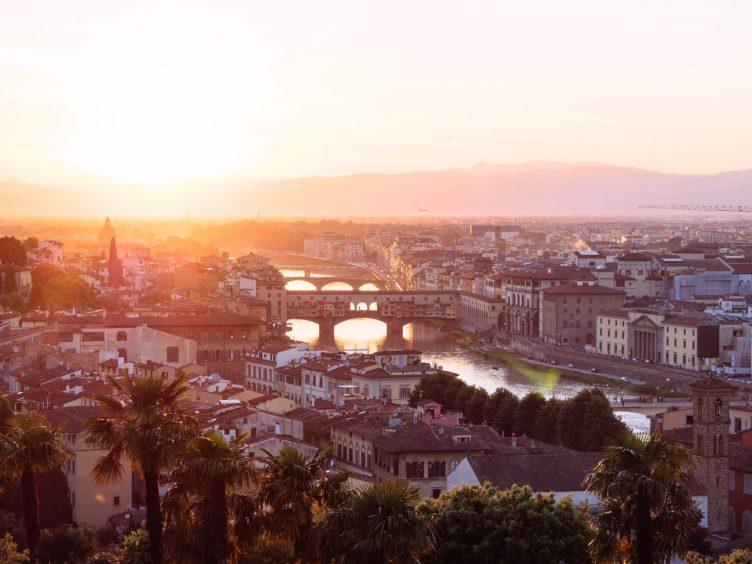Puesta de sol sobre Florencia