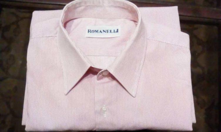 Una camisa Romanelli