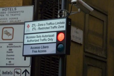 ZTL-limited-traffic-zone-Florence-article-by-Europass